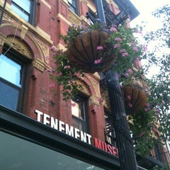 Photo taken at Lower East Side Tenement Museum by Michael H. on 8/23/2012