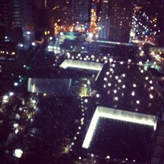 Photo taken at 7 World Trade Center by Wicky M. on 12/7/2011