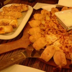 Photo taken at Pizza Hut by Ajaru S. on 3/1/2012