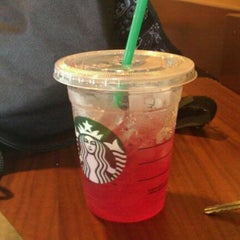Photo taken at Starbucks by Amy M. on 8/26/2011
