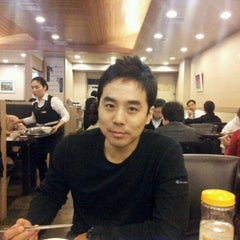 Photo taken at 곰바위 by Jun K. on 11/28/2011