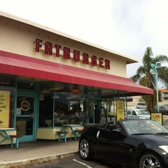 Photo taken at Fatburger by N O. on 6/17/2012