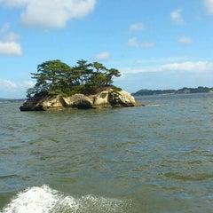 Photo taken at 松島湾遊覧船乗り場 by Madomado11 on 9/2/2012
