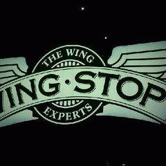 Photo taken at Wingstop by Rodolfo O. on 11/25/2011