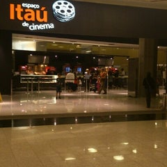 Photo taken at Espaço Itaú de Cinema by Thiego V. on 8/2/2012