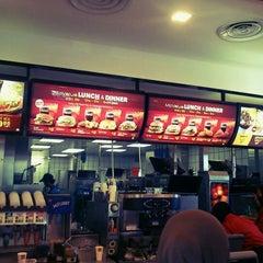 Photo taken at McDonald's & McCafé by phyrouz R. on 5/4/2012