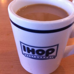 Photo taken at IHOP by Luis V. on 8/13/2012