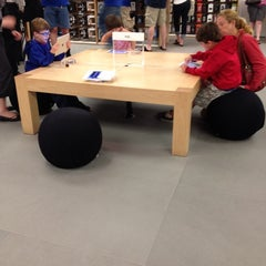 Photo taken at Apple Store, Burlington by Ashley M. on 6/25/2012