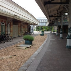 Photo taken at Lewes Railway Station (LWS) by Steven L. on 6/14/2012