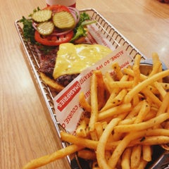 Photo taken at Smashburger by tkhr on 5/26/2012