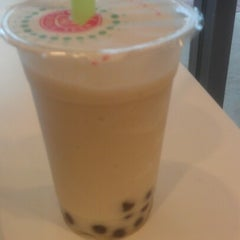 Photo taken at Chill Bubble Tea by Patrycja B. on 8/9/2012