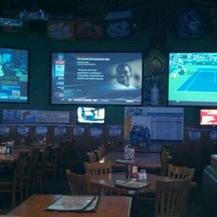 Photo taken at JP Looney's Sports Bar And Grill by Tisa F. on 8/18/2011