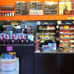Photo taken at Dunkin' Donuts by Really J. on 6/19/2011