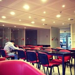 Photo taken at Facultad Comunicación y Letras UDP by Francisco M. on 4/4/2012