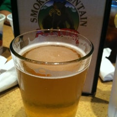 Photo taken at Smoky Mountain Brewery by Samantha on 7/23/2011