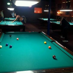 Photo taken at Twain's Brewpub & Billiards by Alex T. on 1/28/2012