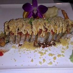 Photo taken at Paya Thai Restaurant by Megumi N. on 8/22/2011