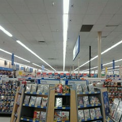Photo taken at Walmart Supercenter by Winston F. on 11/17/2011