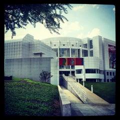 Photo taken at High Museum of Art by GR8socialmedia on 4/3/2012