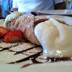 Photo taken at Palermo Ristorante Italiano by Krista G. on 8/20/2011