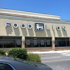 Photo taken at Food Lion Grocery Store by Joseph M. on 6/16/2012