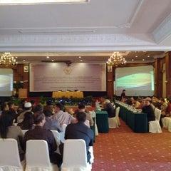 Photo taken at Gran Senyiur Hotel by Yehezkiel K. S. on 5/15/2012