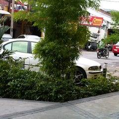 Photo taken at Inntech cellular by ※ː̗̀⌣»̶Eric«̶⌣ː̖́※ on 9/27/2011
