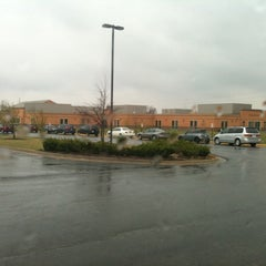 Photo taken at Arbor Creek Elementary by Viktor K. on 3/31/2011