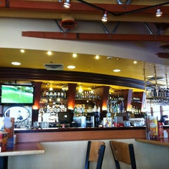 Photo taken at Red Robin Gourmet Burgers by Daniela R. on 2/22/2012