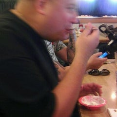 Photo taken at Old Country Buffet by The Sisbarro™ on 10/9/2011