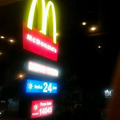 Photo taken at McDonald's by iand g. on 3/29/2012