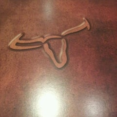 Photo taken at LongHorn Steakhouse by Chris N. on 8/2/2012