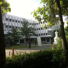 Photo taken at โรงเรียนรักษาดินแดน (Territorial Defense School) by MadFroG on 6/23/2012