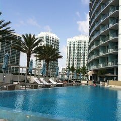 Photo taken at Epic Rooftop Pool by Riyoung Y. on 8/7/2012