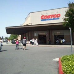Photo taken at Costco by David A. on 4/28/2012