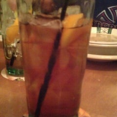 Photo taken at Olive Garden by Jared P. on 10/21/2011