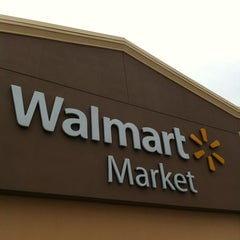 Photo taken at Walmart Neighborhood Market by Frank M. on 4/8/2012