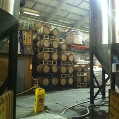 Photo taken at Rogue Ales Brewery on the Bay by Mikey Ariel B. on 10/27/2011
