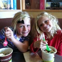Photo taken at Spooners Frozen Yogurt by Jason P. on 10/13/2011