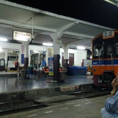 Photo taken at ประชาอุทิศ by Prasert T. on 3/30/2012