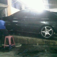 Photo taken at Cucian Mobil 24jam ex. mesjid keong by accy s. on 8/15/2011