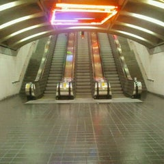 Photo taken at Exchange Place PATH Station by The Official Khalis on 10/19/2011