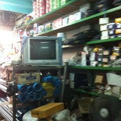 Photo taken at ร้านอ้อ ตลาดสุชาติ by morshiki r. on 1/11/2011