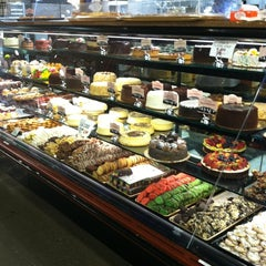 Photo taken at DeCicco's Marketplace by TheNewModernMomma on 5/21/2012