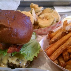 Photo taken at YEAH! Burger by Yummmy on 1/14/2012