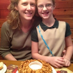 Photo taken at Texas Roadhouse by Ken G. on 4/26/2012