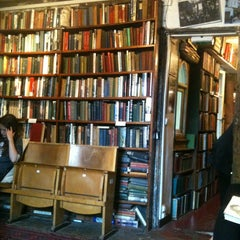 Photo taken at Shakespeare & Company by Thais T. on 5/21/2012