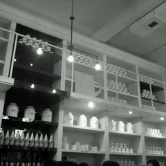 Photo taken at Mug For Rabbit by Chanseok O. on 11/6/2011