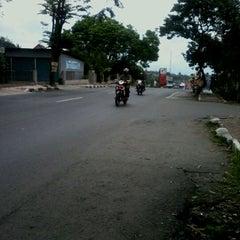 Photo taken at Pasar Sapi Salatiga by Gregorius R. on 3/29/2012