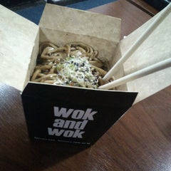 Photo taken at Wok And Wok by Lizz F. on 8/6/2012